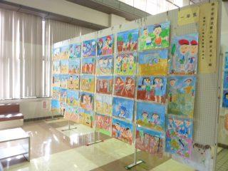 楠小学校児童による人権ポスター展はじまる。