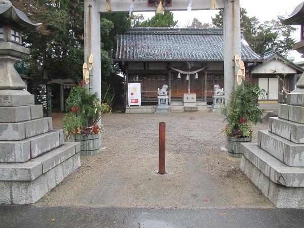 南御見束神社、元旦祭の準備状況