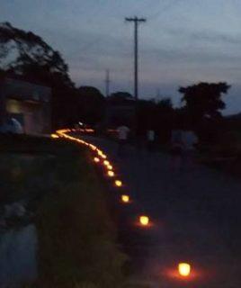 ホタル見学会のためキャンドルを灯しました